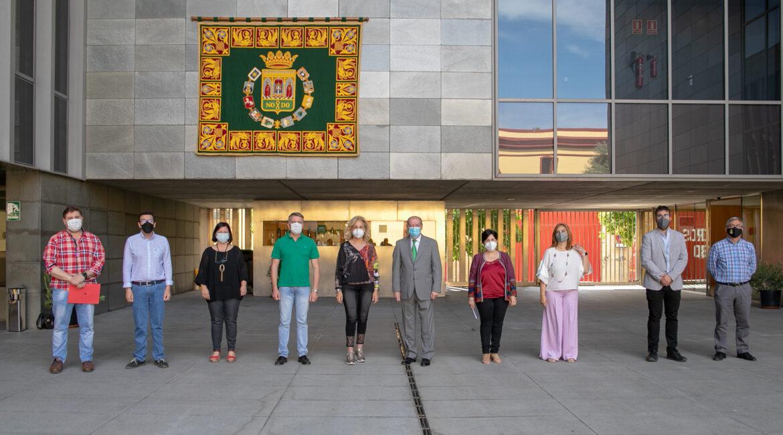 Diputación invierte 4 mill. para mejorar la eficiencia energética de los edificios consistoriales de Cantillana y Villaverde del Río