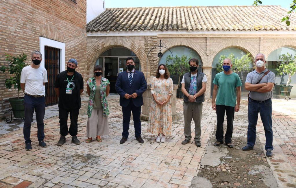 Lora presenta a los 5 artistas internacionales de su I Simposio Bienal de Escultura